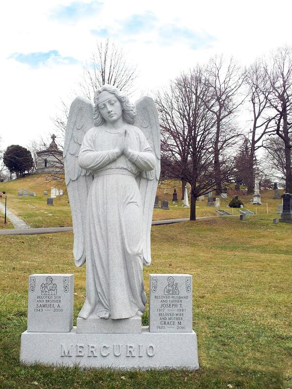 Mercurio_Supreme Memorials_Estate Memorial_Statuary_Blue Gray