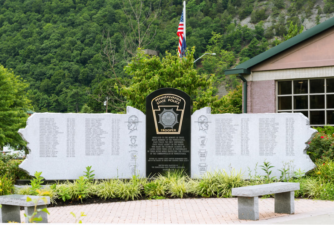 Pennsylvania.State_.Police.Trooper.Memorial1@1x