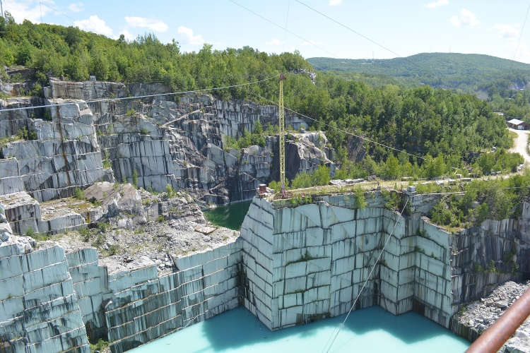Rock Of Ages Quarry Tour Combines History And Awe